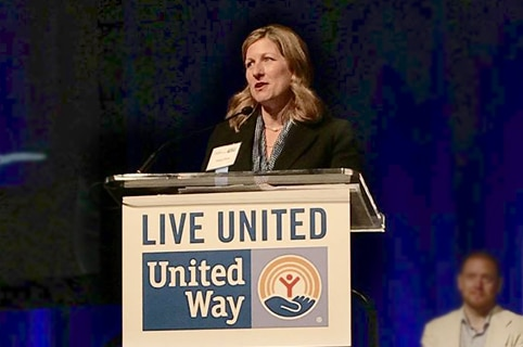 Cheryl Rose accepting United Way award